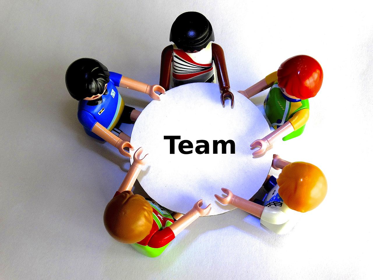 team-451372_1280